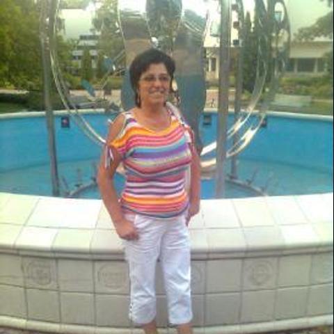 Saci, 63 éves társkereső nő - Nyíregyháza