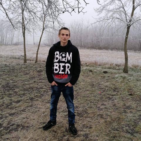 Laci, 22 éves társkereső férfi - Felgyő