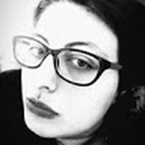 Eszter, 25 éves társkereső nő - Cegléd