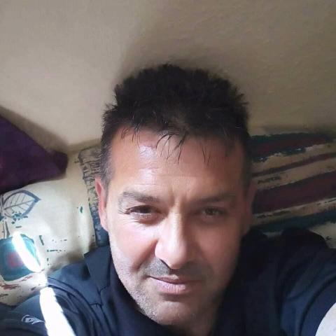Zsolt, 47 éves társkereső férfi - Kazincbarcika