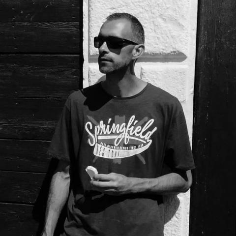 Tomi, 39 éves társkereső férfi - Sopron