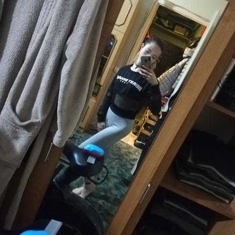 Enikő , 20 éves társkereső nő - Dunaújváros