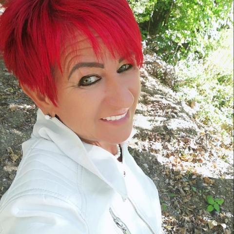 Kata, 52 éves társkereső nő - Miskolc