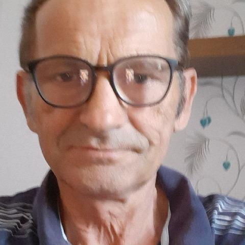 Mihály, 65 éves társkereső férfi - Tótkomlós