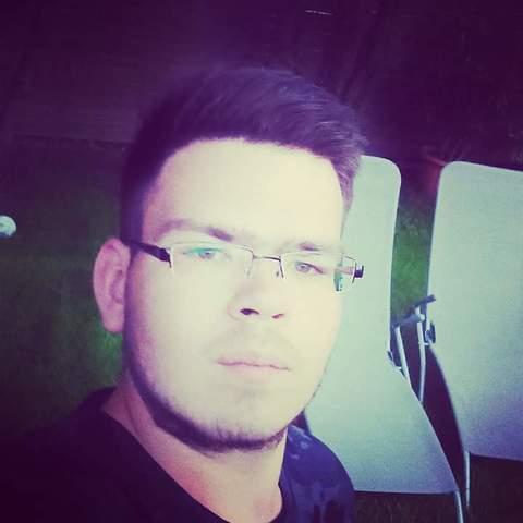 Albert, 20 éves társkereső férfi - Keszthely