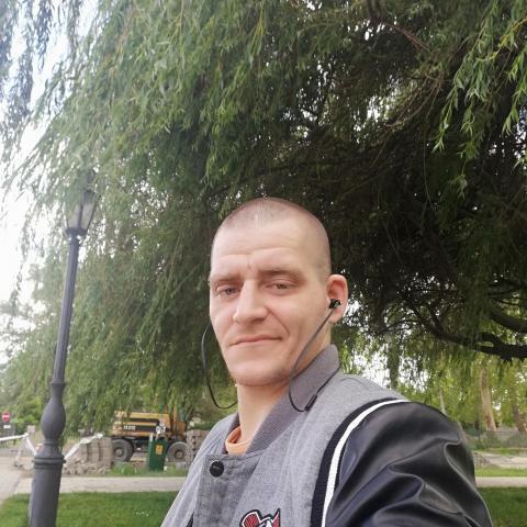 Zsolt, 32 éves társkereső férfi - Székesfehérvár