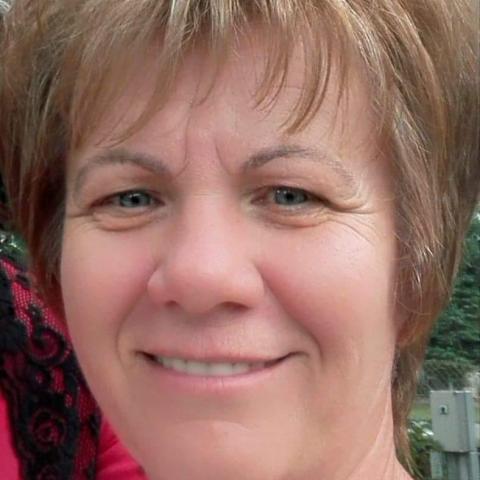 Jutka, 57 éves társkereső nő - Gávavencsellő