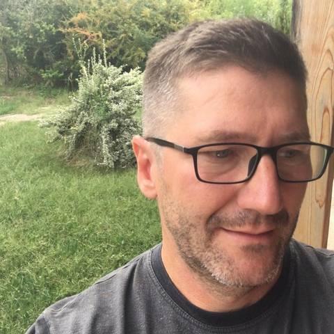 Robi, 46 éves társkereső férfi - Székesfehérvár