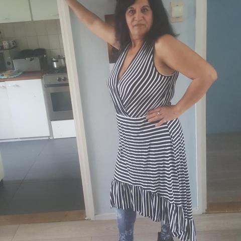Éva, 53 éves társkereső nő - t' Zand