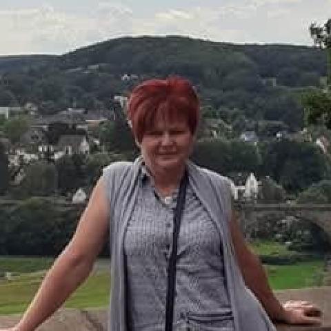 Kati, 56 éves társkereső nő - Mezőkövesd