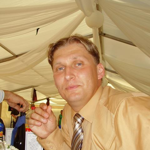 Tamás, 41 éves társkereső férfi - Atkár