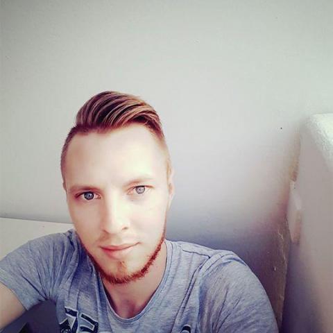 Attila, 25 éves társkereső férfi - Alsónyék