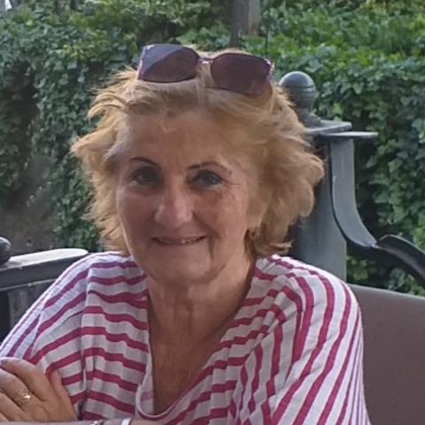 Dorottya, 61 éves társkereső nő - Miskolc