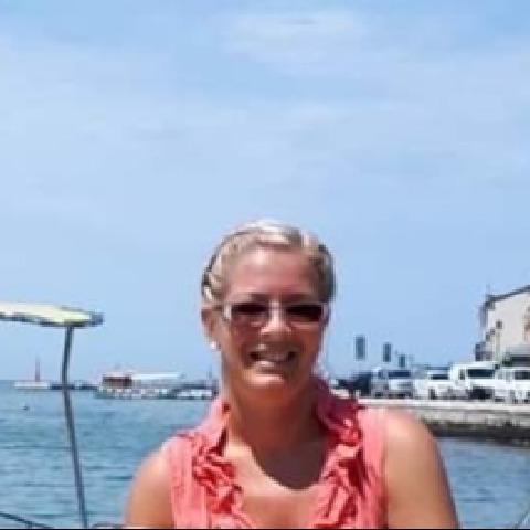 Ildikó , 41 éves társkereső nő - Szeged