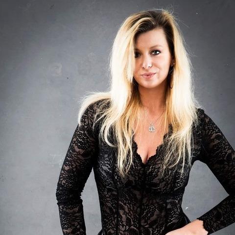 Réka, 32 éves társkereső nő - Budapest