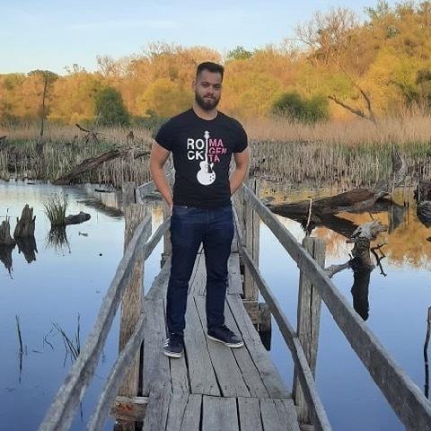 Robin, 25 éves társkereső férfi - Szeged