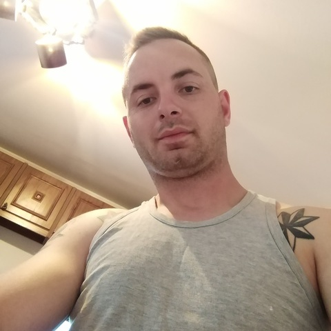 Feri, 29 éves társkereső férfi - Pécel
