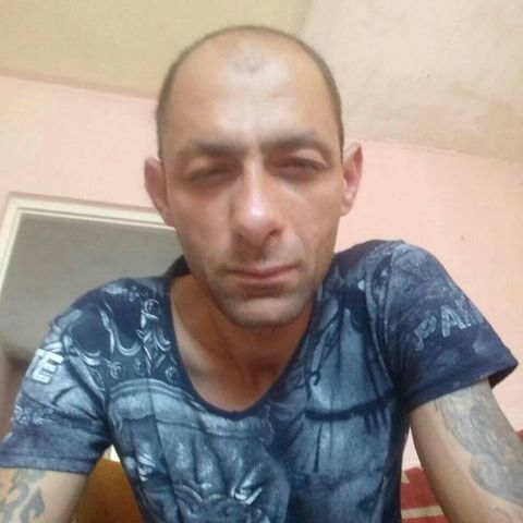 Istvan, 42 éves társkereső férfi - Ózd