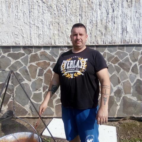 Marian, 41 éves társkereső férfi -