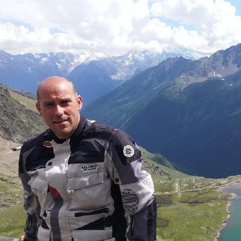 Csaba, 47 éves társkereső férfi - Szeged