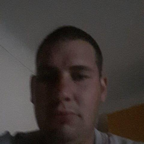 Imre, 30 éves társkereső férfi - Aparhant