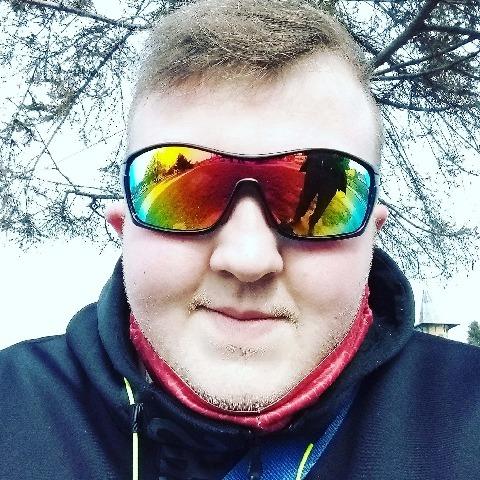 Patrik, 24 éves társkereső férfi - Külsővat