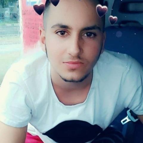 levente, 22 éves társkereső férfi - Tamási
