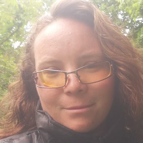 Eszter , 27 éves társkereső nő - Balatonföldvár