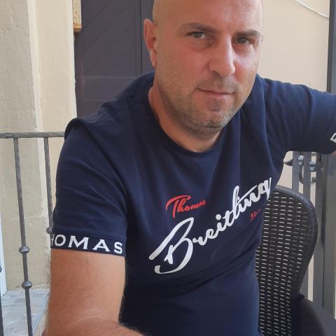 Attila, 43 éves társkereső férfi - Dunakeszi