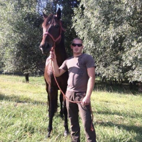Ernő, 26 éves társkereső férfi - Tolna