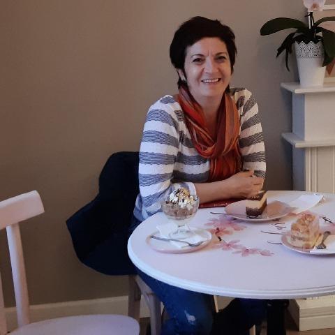 Enikő, 53 éves társkereső nő - Győr