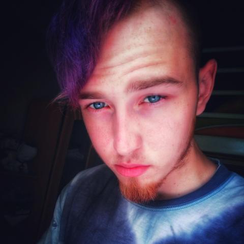 Gábor, 20 éves társkereső férfi - Kecel