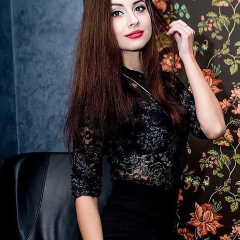 Julia, 30 éves társkereső nő - Csesztve