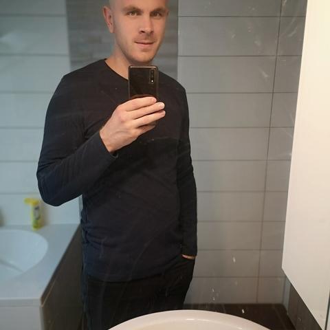 Csaba, 24 éves társkereső férfi - Zamárdi