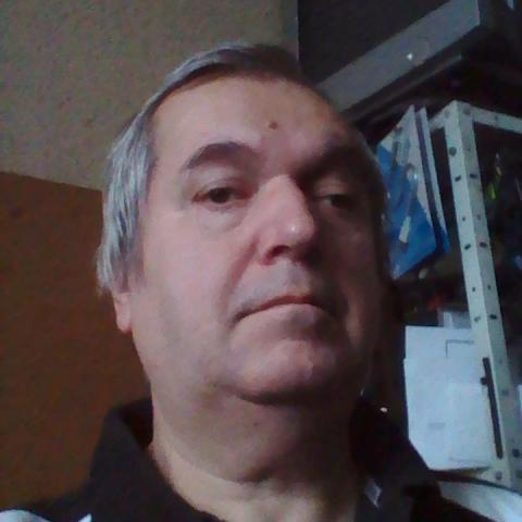Gyula, 59 éves társkereső férfi - Miskolc