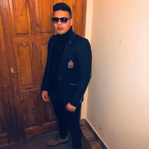 Niko, 20 éves társkereső férfi - Ózd