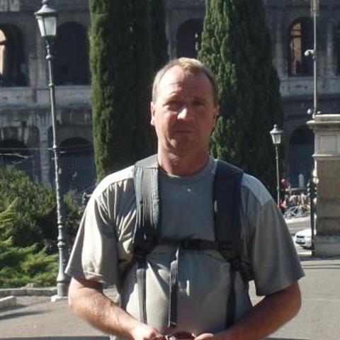 Jenõ, 54 éves társkereső férfi - Győr