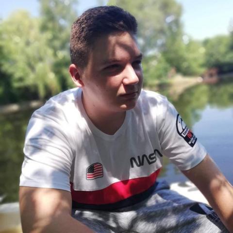 Bálint, 20 éves társkereső férfi - Hatvan