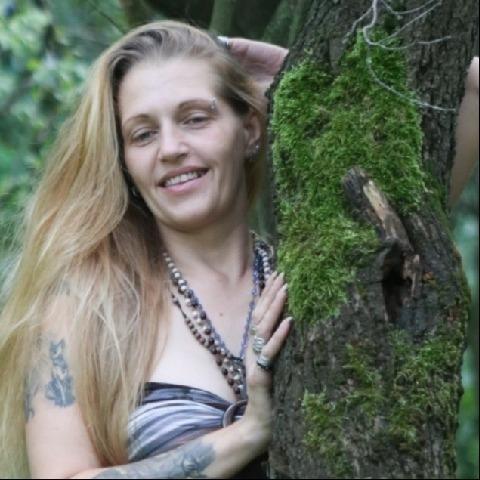 Tímea, 37 éves társkereső nő - Miskolc