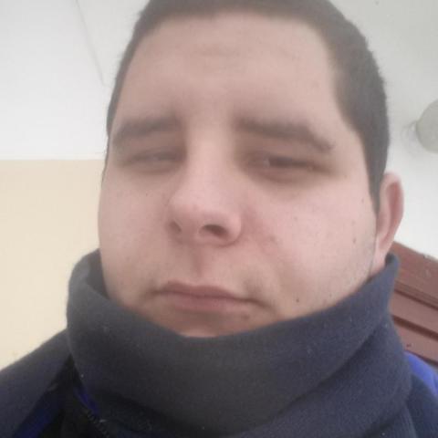 Ferenc, 24 éves társkereső férfi - Kisdorog