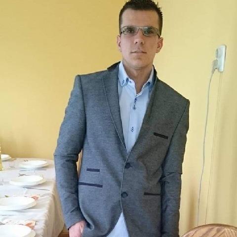 László, 32 éves társkereső férfi - Nyírgyulaj