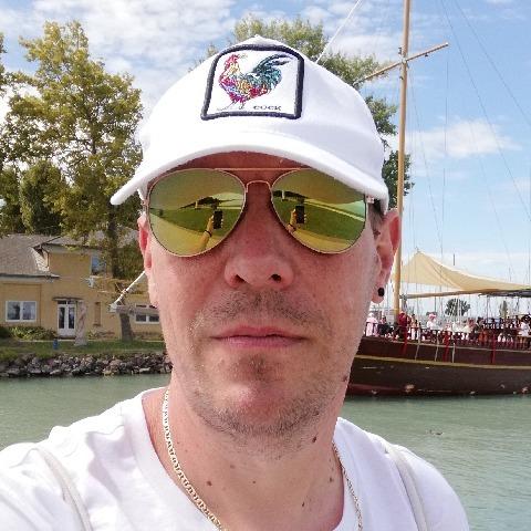 Tomi, 46 éves társkereső férfi - Miskolc
