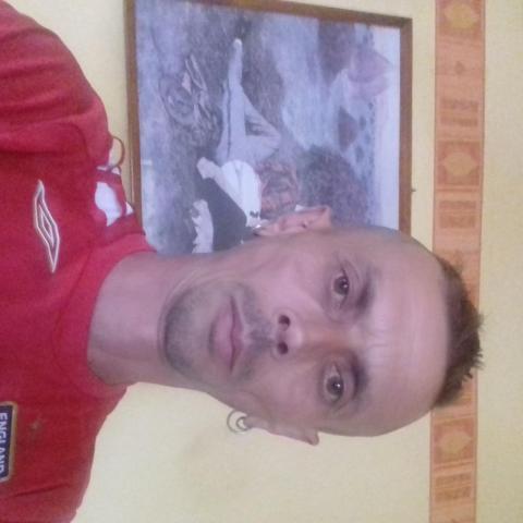 Zoltán, 47 éves társkereső férfi - Cered