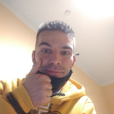 Gábor, 35 éves társkereső férfi - Baktakék