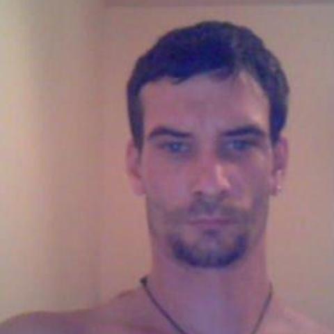 Tamás, 37 éves társkereső férfi - Pécs