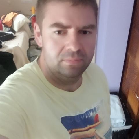 Ricsi, 35 éves társkereső férfi - Diósjenő