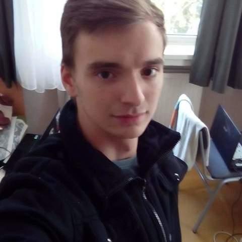 Patrik, 22 éves társkereső férfi - Hatvan