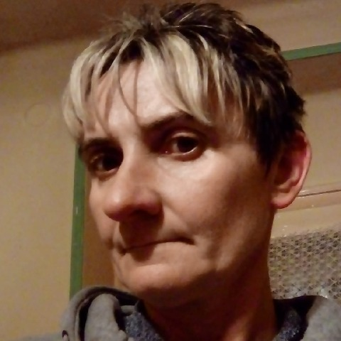 Emese, 43 éves társkereső nő - Demecser