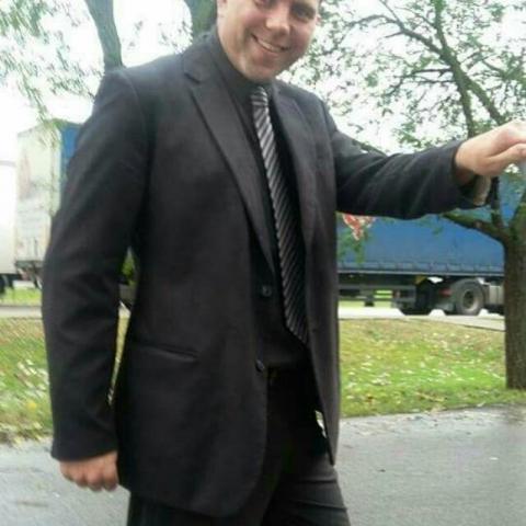 Zoli, 40 éves társkereső férfi - Gyula