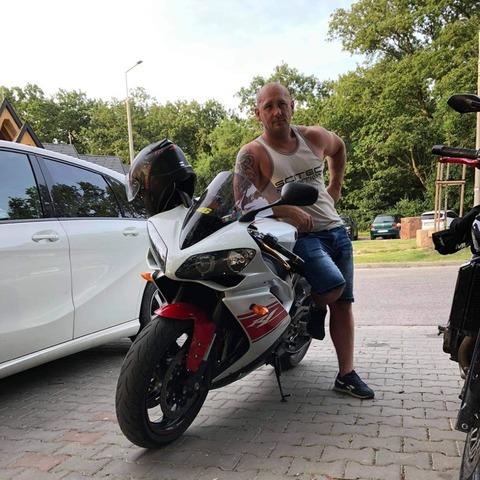 tomi, 39 éves társkereső férfi - Csákvár